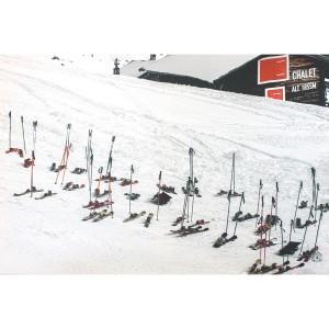 Tableau skis aux pieds