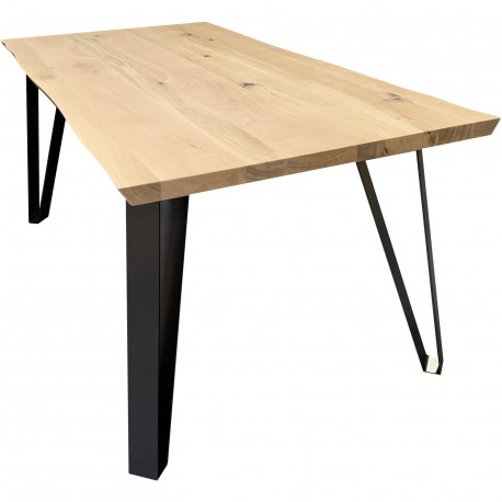 Table en chêne massif pieds fuseaux en métal