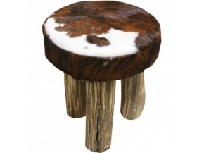 Sgabelli in legno in stile arredamento di montagna