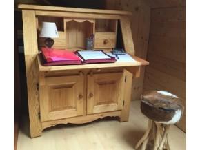 Mobili da montagna scrivanie in legno for Cassapanche piccole legno